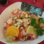 Chirashi and salmon tartar