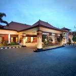 Main Building Jogjakarta Plaza Hotel