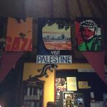 The Global Village Kafe Foto
