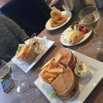 The Raglan Pub and Kitchen
