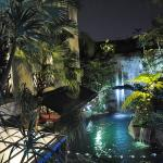 The Amaroossa Hotel Scarlet Night time
