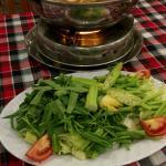 Сытный суп, который варят при вас (hot pot)