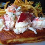 The Pearl Lobster Roll