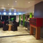 Bar et salle climatisée