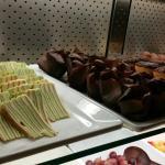 Het Genoegen Grill & Buffet Wok Restaurant