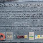 Placa de homenagem a Zumbi dos Palmares