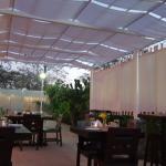Área de restaurante y pergola