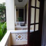 doble standar balcón en el bajo, muchos mosquitos
