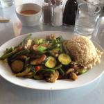 Mixed vegetables in lemongrass with brown rice