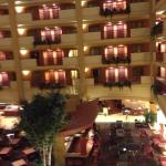 Photo de Embassy Suites by Hilton Hampton Hotel Convention Center & Spa