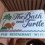 Foto de Bath & Turtle Restaurant