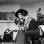 Jimi Hendrix at 23 Brook Street,1969. Credit Barrie Wentzell