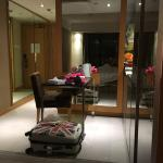Two Macdonnell Road Apartment Hotel Foto