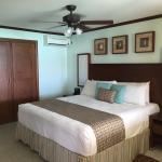 Photo de Yellow Bird Hotel
