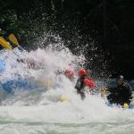 Punching through 'Lose Yer Lunch' on the Nahatlatch river!