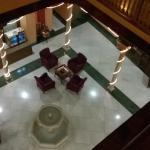 Patio central del hotel