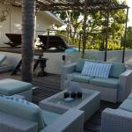 Lounge-Ambiente am Pool