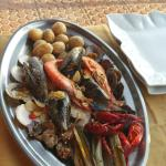 Fish grill plate for two