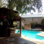 Photo de La Casa Roja Hostel