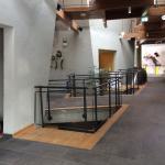 Lobby mit Rutsche