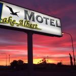 Lake Albert Motel