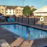 Microtel Inn & Suites by Wyndham Houston Photo