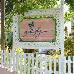 Photo de Butterfly Beach Hotel
