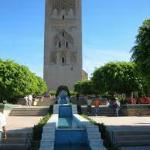 La tour Hassan est très probablement un minaret inachevé, érigé au XIVᵉ siècle, sur le site de l