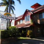 Royal Palms Motor Inn Photo