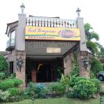 Taal Bayview Bistro