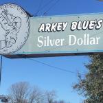 Arkey Blue's Silver Dollar Bar Foto