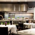 Vox Restaurant mit Blick auf die offene Küche