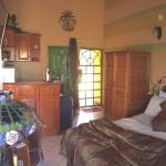 Native Abode Foto