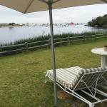 Photo de Kennedys Beach Villa