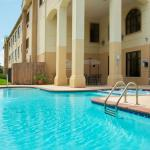 Country Inn & Suites Houston NW wimming Pool