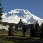 صورة فوتوغرافية لـ Timberline Lodge
