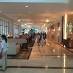 Shangri-La's Mactan Resort & Spa Photo