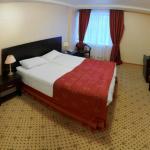 Amaks Tourist Hotel