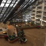 Photo de DoubleTree by Hilton Hotel Newark Airport