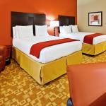 Photo de Holiday Inn Express Hotel & Suites Memphis Germantown