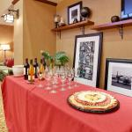 Foto de Hampton Inn & Suites Windsor - Sonoma Wine Country
