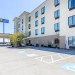 Photo of Comfort Inn & Suites Madisonville
