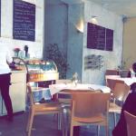 Mistral Cafe Foto