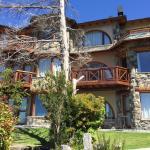 Entrance - Lirolay Suites Photo