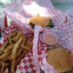 Photo de Milt's Stop & Eat