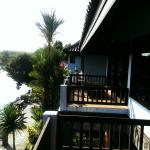 Вид на балкон соседнего номера