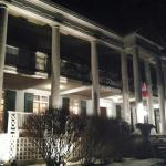 Снимок Montrose Inn & Tea Room