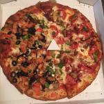 Foto de Carlo's Pizza