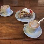 Pois Cafe Photo
