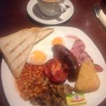 Delicious, reasonably priced breakfast in a relaxing, comfortable pub.
